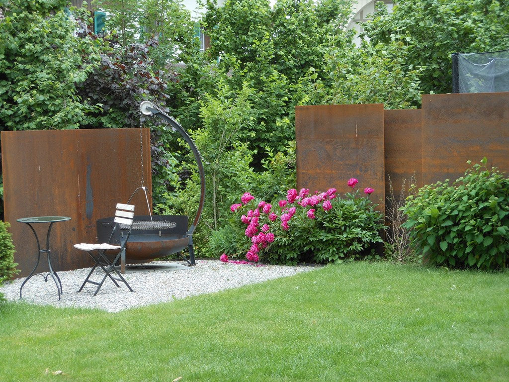 beautiful sichtschutz garten stahl pictures. Black Bedroom Furniture Sets. Home Design Ideas